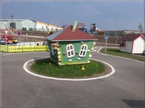 Dětský zahradní domeček 18