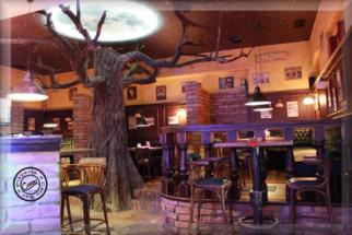 Restaurace strom + podsvícení měsíce 2
