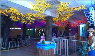 Svítící LED Strom 3